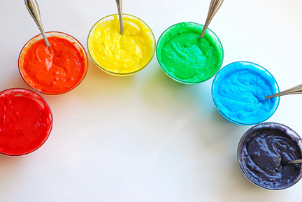 How to Bake a Rainbow Cake